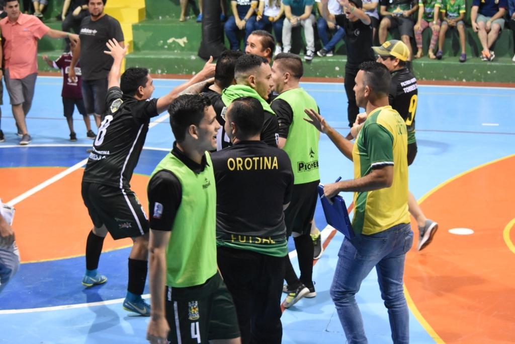 Futsal Vs Joma 225