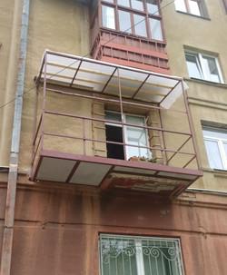 Расширение балкона с монтажем балконной плиты