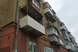 Монтаж нового балконного каркаса и обшивка профлистом