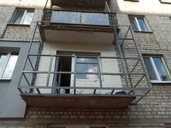 Расширить балкон в Харькове