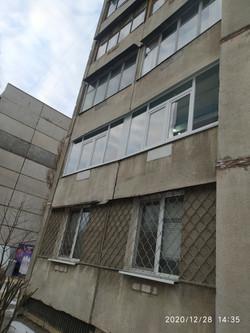 Сколько стоит балконная рама в Харькове