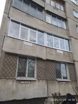 Остекление балкона в Харькове
