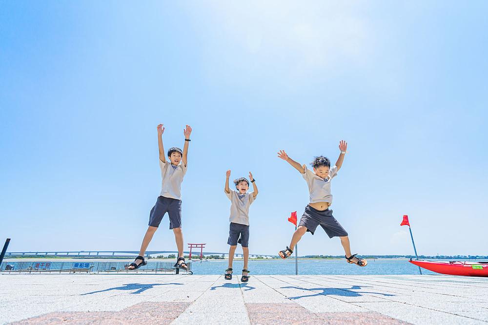 浜松のカメラマンが撮影した弁天島海浜公園でのファミリーロケーションフォト。