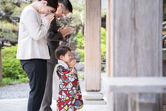 okunijinja-shichigosan-family-location-photo-2021cp2-051.jpg