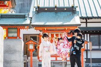goshajinja-shichigosan-family-location-photo-cp1-81.jpg