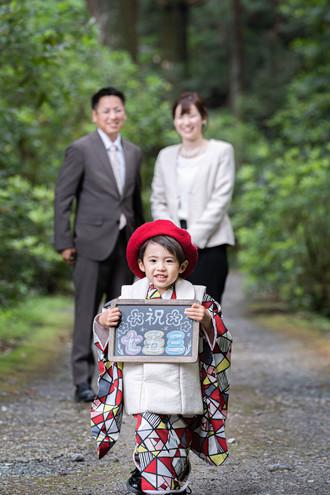 okunijinja-shichigosan-family-location-photo-2021cp2-053.jpg