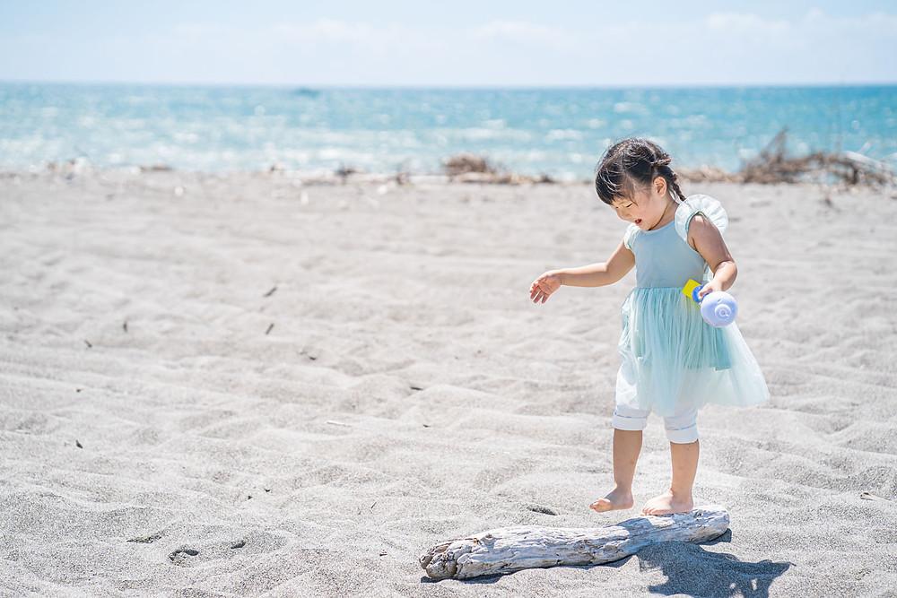 浜松のカメラマンが撮影した竜洋海岸でのファミリーロケーションフォト。