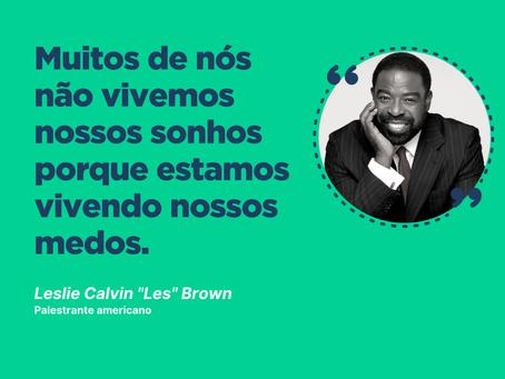 """Inspirações: Leslie Calvin """"Les"""" Brown"""