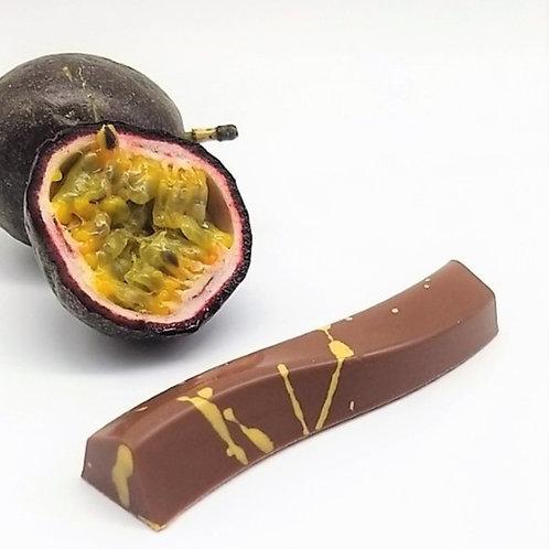 Passionfruit Snacking Bar - Single Wavy Bar