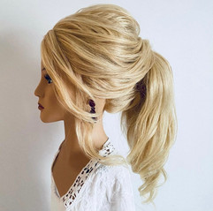 soft textured ponytail hairstyle
