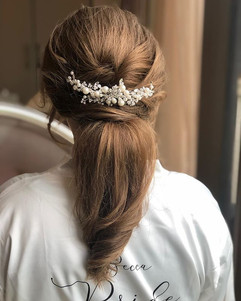 soft ponytail hairstyle