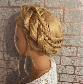 milkmaid braided twisted hairstyle