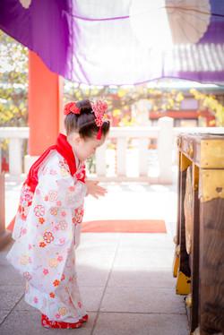 七五三 出張撮影 赤坂日枝神社 賽銭箱 女性カメラマン 横浜