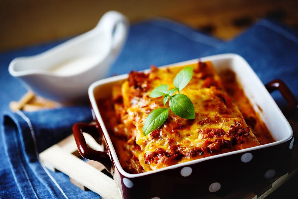 italian-food-lasagna-plate.jpg