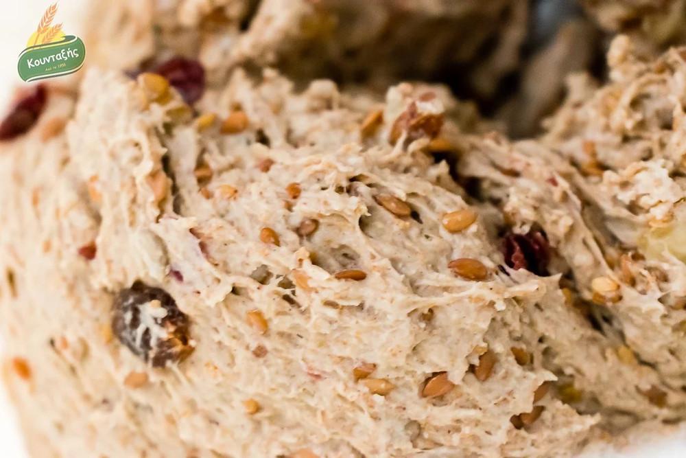 Ψωμάκια Μούσλι ολικής με μέλι και σπόρους