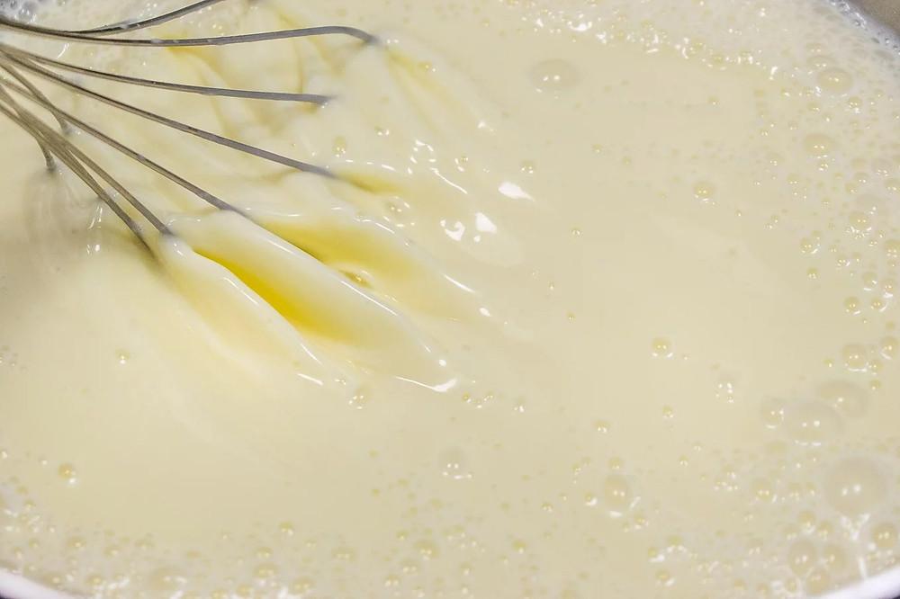 Πολίτικο (μίγμα) με χειροποίητη κρέμα ζαχαροπλαστικής