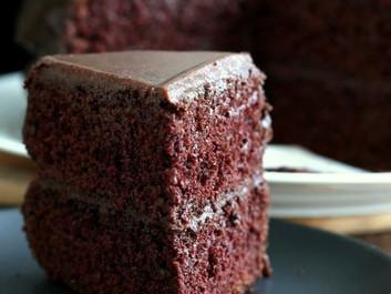 Κέικ σοκολάτας Vegan με Ganache φυστικοβούτυρου