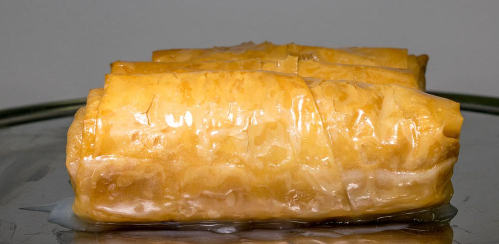 Γαλακτομπούρεκο με σιρόπι γάλακτος