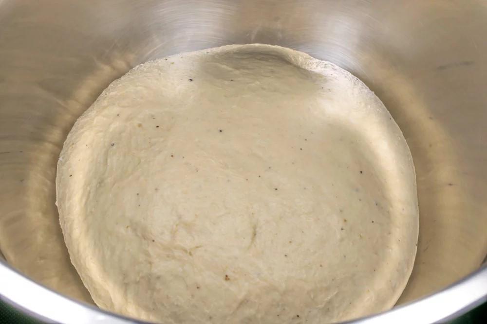Τσουρέκι νηστίσιμο με σιρόπι αγαύης αμυγδαλόγαλα και βούτυρο καρύδας