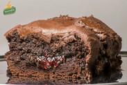 Υγρό κέικ κακάο με frosting