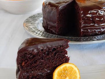 Σοκολατένιο Κέικ με γλάσο σοκολάτας και φέτες πορτοκαλιού