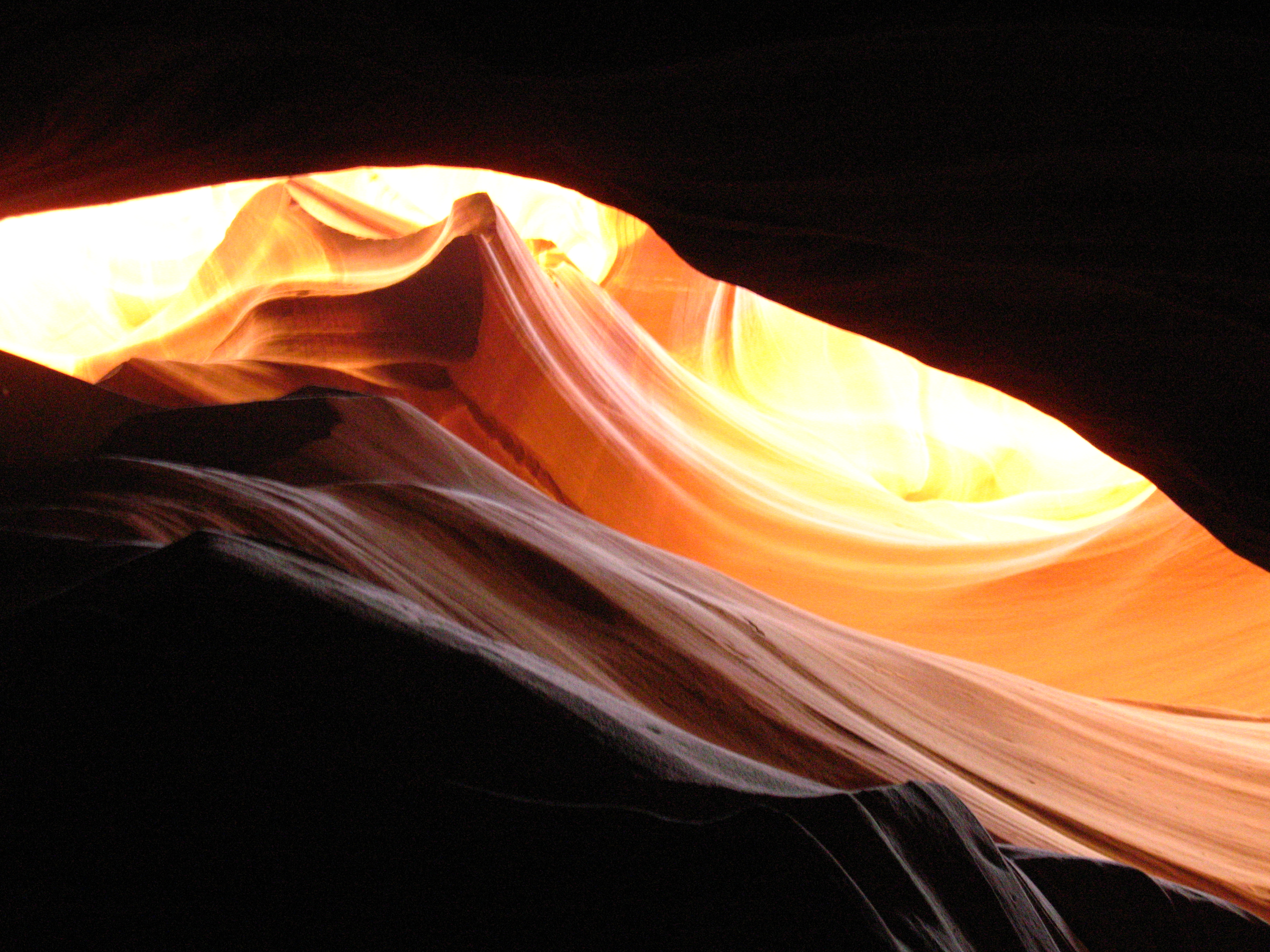 Curve - Antelope Canyon