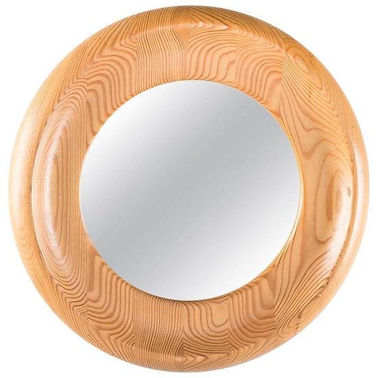 Mirror by Erik Höglund