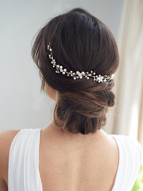 Pretty Floral Hair Vine