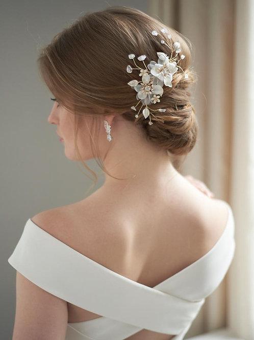 Bella Floral Hair Clip