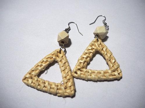 Triangle Rattan //