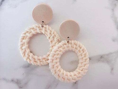 Circlet in Cream //