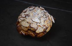 almond croassant choco.jpg
