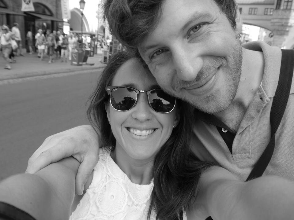 Manuel y Alejandra el verano que se conocieron.
