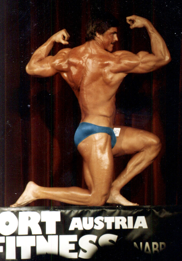 Chris,side shot, Mr Austria 1986.jpg