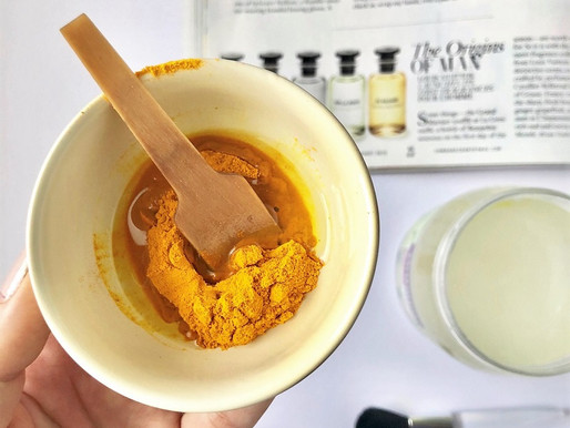 2-Ingredient DIY Turmeric Face Mask