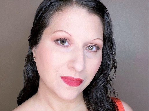 My Swimsuit Shoot for Adore Me: A Peachy Summer Makeup Look with Makeup Revolution