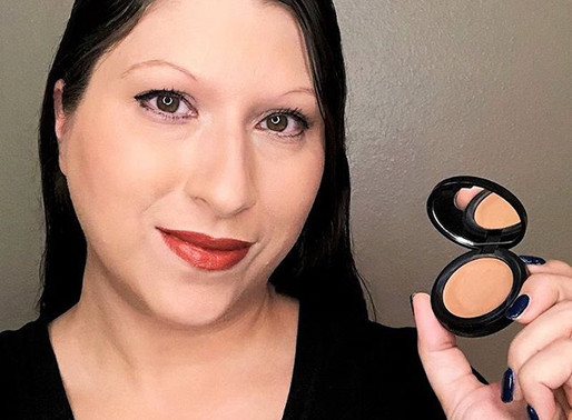Tutorial: How to Contour and Highlight Your Face with Concealer