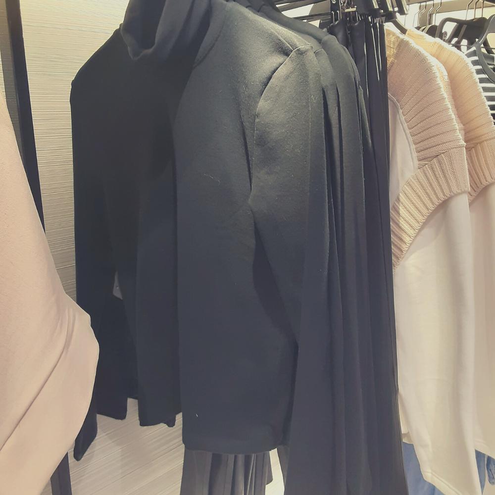 ZARA is High Fashion Cute Basics / Black Cotton Turtleneck
