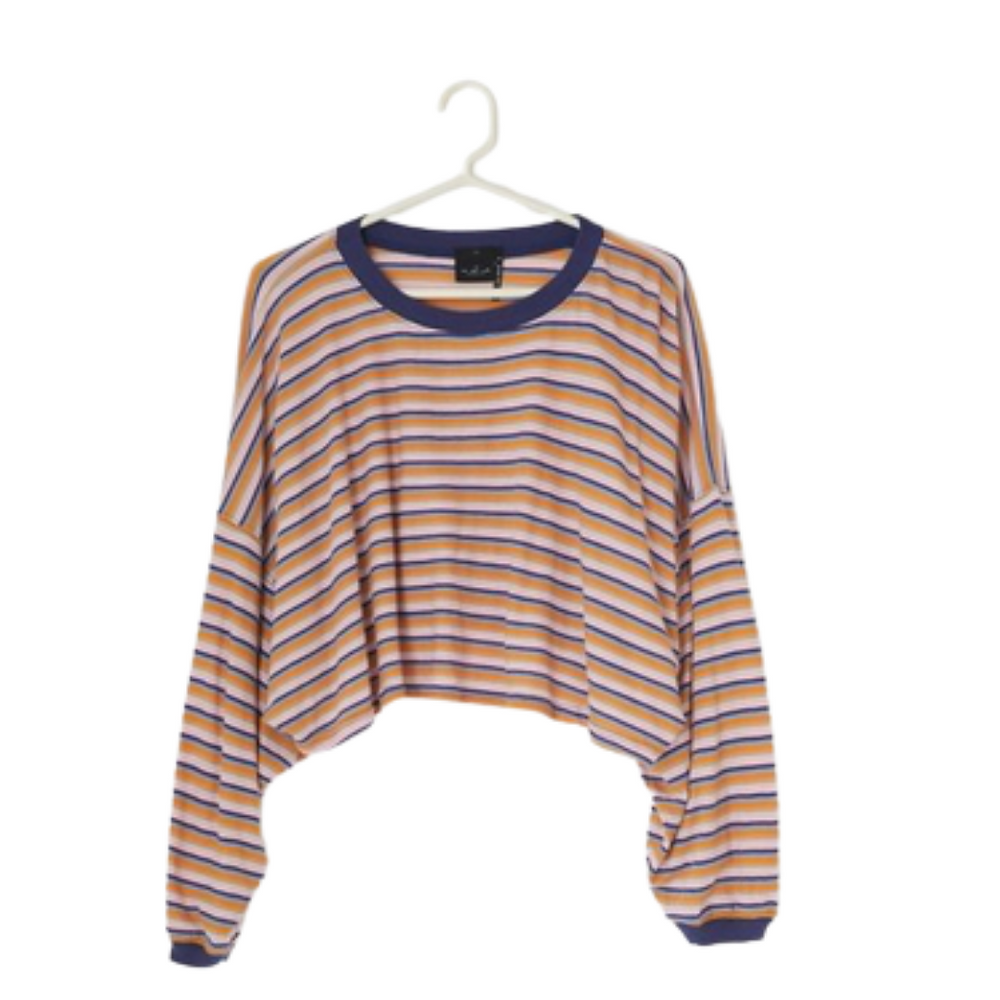 https://www.urbanoutfitters.com/shop/out-from-under-ella-long-sleeve-cropped-tee?category=SEARCHRESULTS&color=066&searchparams=q%3Dcropped%2520tee%2520shirt%2520&type=REGULAR&quantity=1