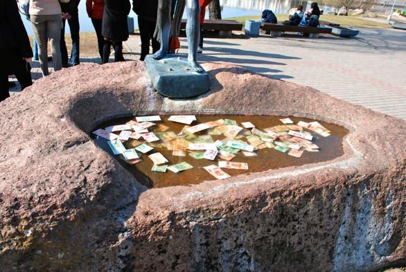 Fontanas Minske, Raudų saloje. R. Kamuntavičiaus nuotrauka