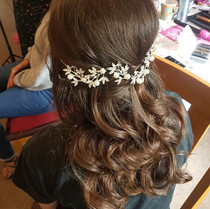 I bloody love occasion hair! Curls creat