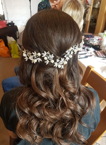 bridesmaid/ flowergirl curls