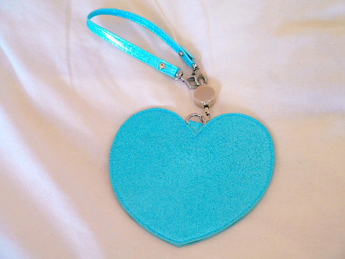 MLTY Heart Retractable Pass Case Blue