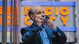 Henri Dauman Leica.png
