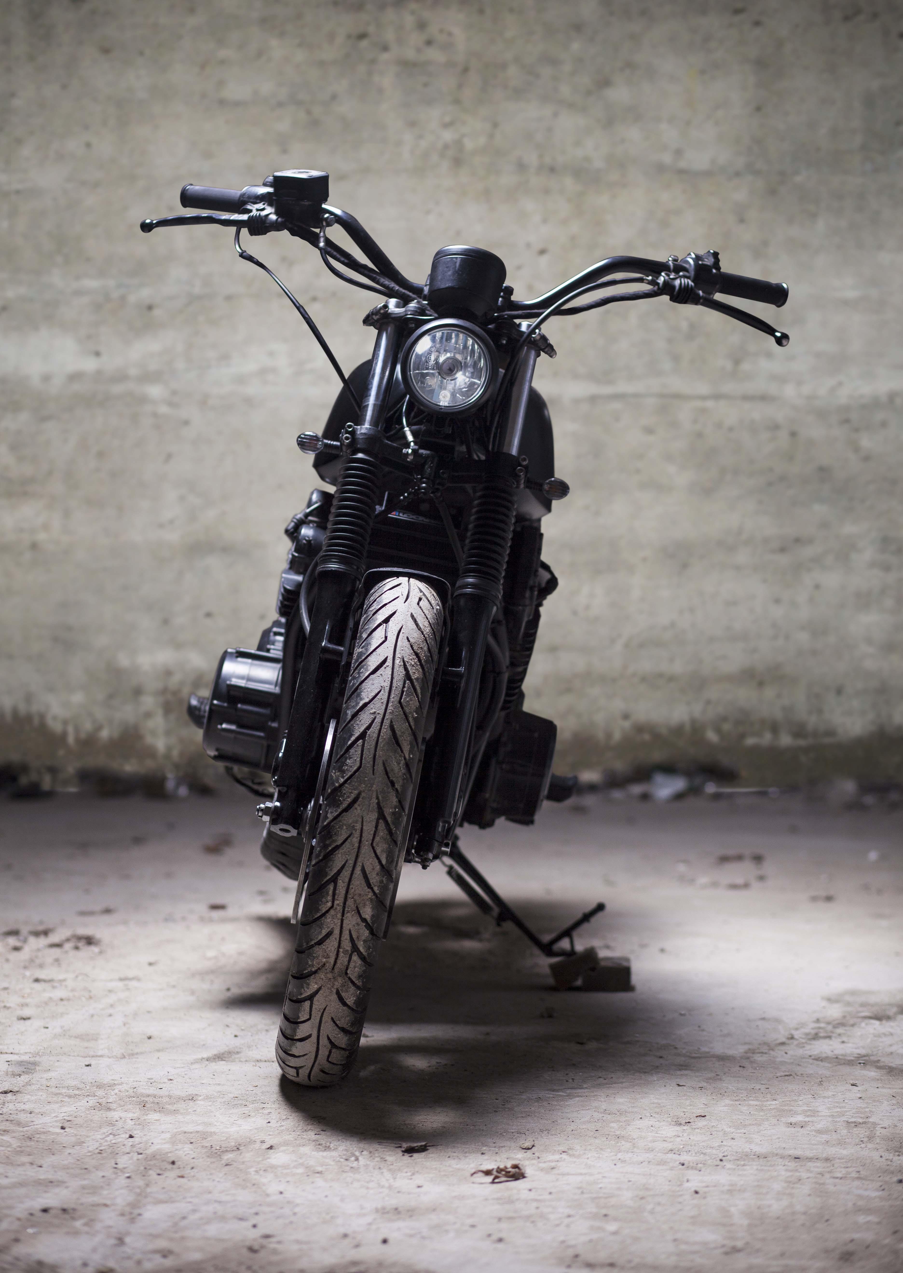 Yamaha XS750 Headlight