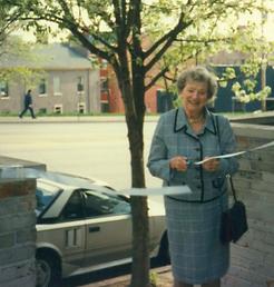 Bobbie Stern