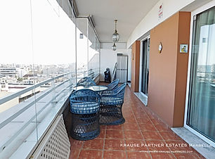 City apartment with sea views in Marbella for sale