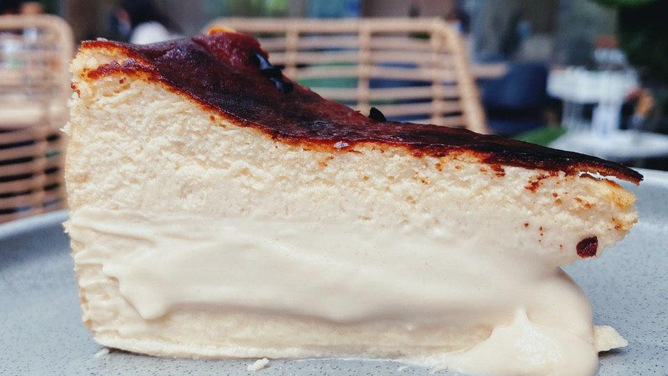 Best Burnt Cheesecake in Singapore? - The Kins' Cafe Experience