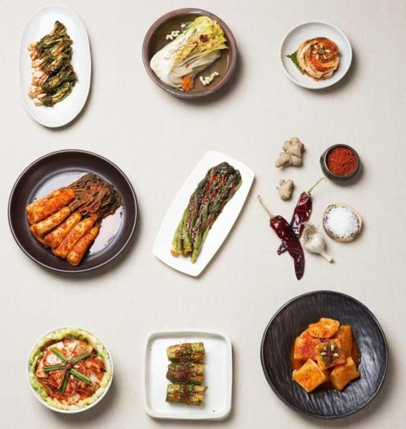 varios tipos de kimchi