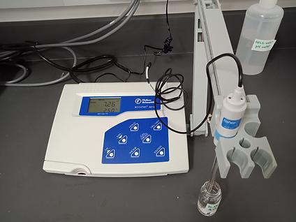 pH meter.png